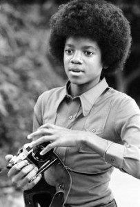 American singer Michael Jackson (1958 - 2009) at his home, Los Angeles, 28th November 1972. Taken during a photoshoot for 'Right On!' magazine. (Photo by Michael Ochs Archives/Getty Images)